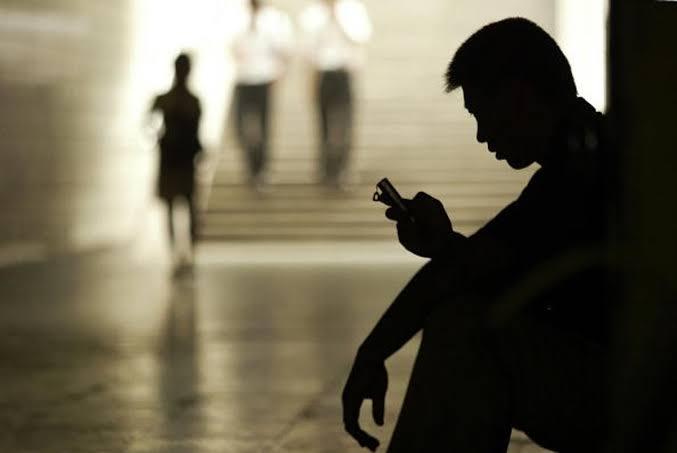 Young Bengaluru IAS Aspirant Hangs Himself To Death After Sextortion via Facebook