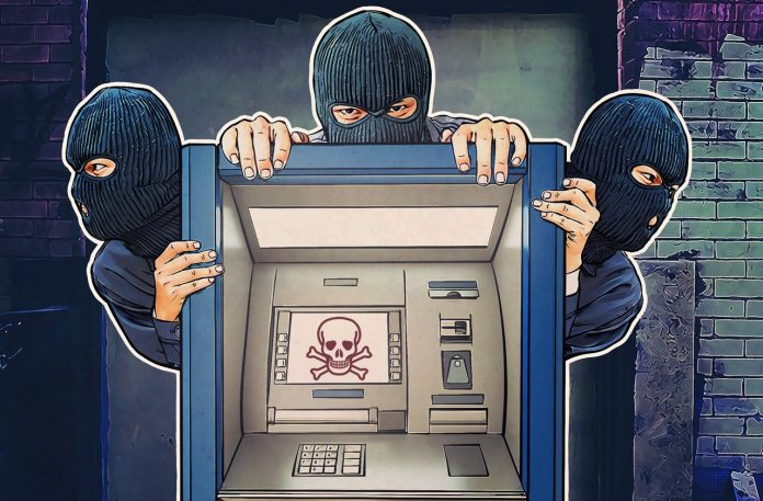 Here Is How Crooks Are Withdrawing Money From ATM Machines Without Hacking Or Tampering IT